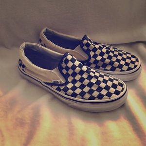 WOMENS CHECKERED VANS